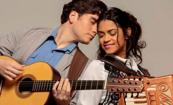 Nuven de Lágrimas - Gabriel Sater e Lucy Alves